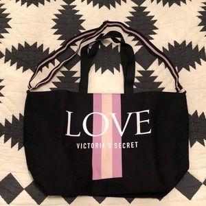 NWT Victoria Secret Tote with zipper